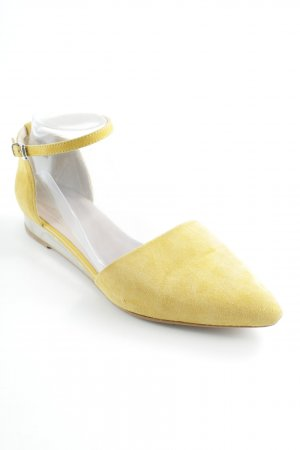 Zign Strapped High-Heeled Sandals yellow casual look