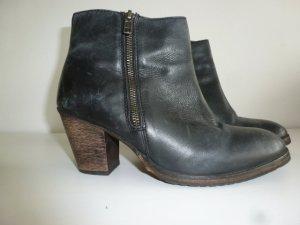 Zign Schuh Gr.39 schwarz