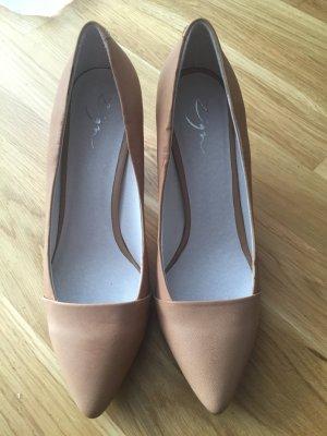 ZIGN Spitzer Schuh mit Blockabsatz