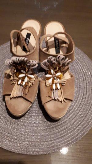 Zinda Platform High-Heeled Sandal beige leather
