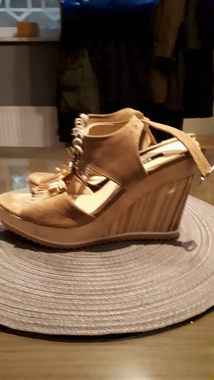 Zinda Platform High-Heeled Sandal beige leather