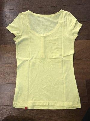 Zitronenfarbenes Shirt