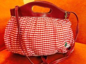 Zuckersüße Tasche in rotem Karo von Friis & Company