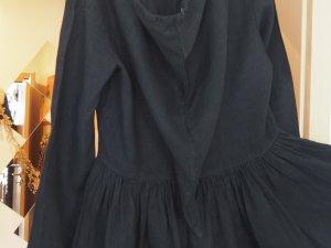 zuckersüßes Kleidchen mit langer Zipfelmütze Gr. 40 Preisvorschlag!!!!