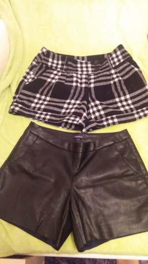 Zwei Hot Pants Gr. 36/ 38