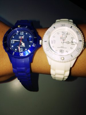 Zwei ice- watch Uhren Mini Blau/weiss