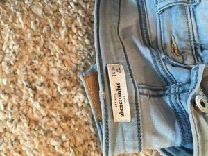 Zwei Jeans von abercrombie
