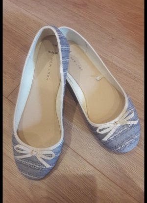 Zwei paar Schuhe