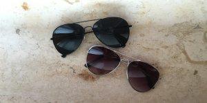 Zwei Pilot Sonnenbrillen