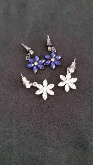 Zwei schöne Blumenohrstecker