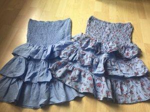 Zwei süße Kleider mit/ohne Blümchen