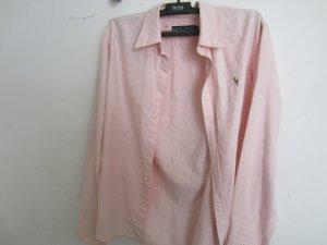 zwei super schöne Blusen zu verkaufen.