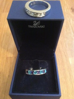 Zwei Swarovski Ringe mit Steinen