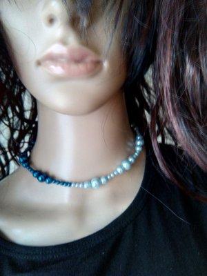 Parelketting lichtblauw-blauw