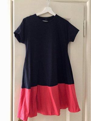 Zweifarbiges Kleid von COS