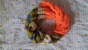 Zweifarbiges (Orange,Grüngrau) Winterschal