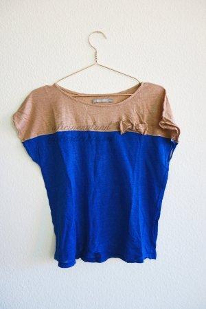 Zweifarbiges Shirt mit Schleife