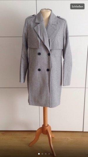Zweireiher klassisch geschnittener Mantel mit Etikett