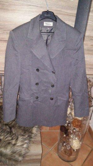 Zweireihiger Anzug v. Oktavia Gr. 38