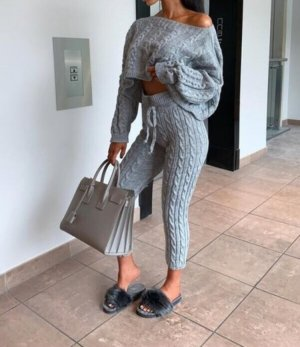 Knitted Twin Set grey