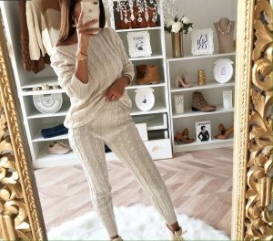 Knitted Twin Set cream