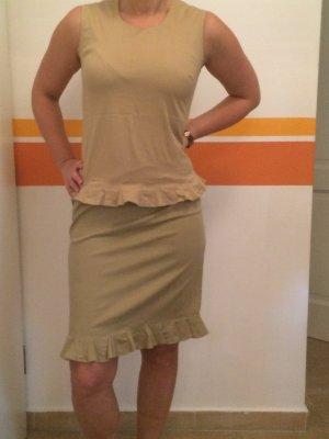 Zweiteiliges beiges Kleid