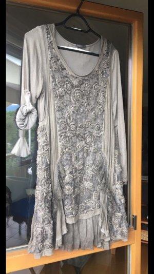 Zweiteiliges Kleid / Tunika mit Stickerei, Perlen, Rüschen und Chiffon