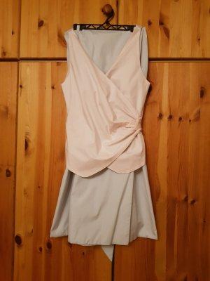 Vestido cruzado rosa-azul claro