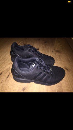Adidas Chaussures à lacets noir