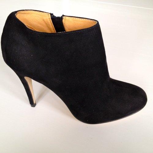 buffalo ankle boots wildleder images. Black Bedroom Furniture Sets. Home Design Ideas