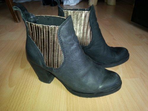 chelsea ankle leder boots mit absatz gr e 37 m dchenflohmarkt. Black Bedroom Furniture Sets. Home Design Ideas