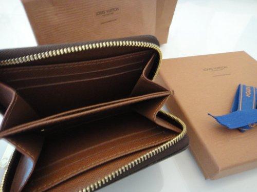 redirecting to taschen geldboersen louis. Black Bedroom Furniture Sets. Home Design Ideas