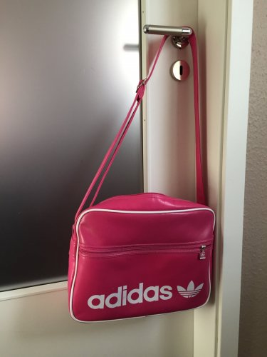details zu adidas retro tasche adicolor airline in gr n pictures to pin on pinterest. Black Bedroom Furniture Sets. Home Design Ideas