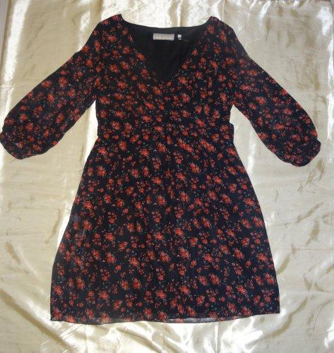 Romanisches kleid mit rosen aus england billie blossom for Mode aus england