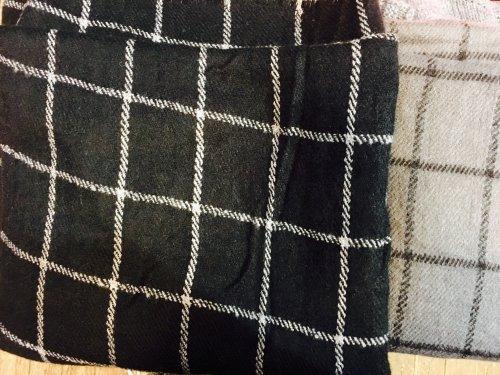 startseite accessoires schals schal tuch schwarz wei kariert. Black Bedroom Furniture Sets. Home Design Ideas