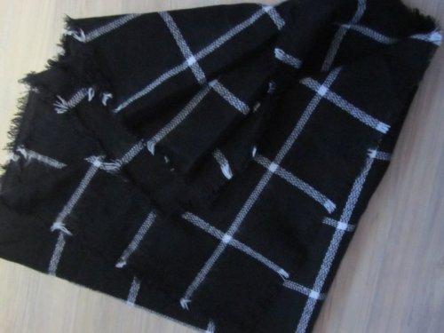 schal winter xxl tartan schal schwarz weiss kariert m dchenflohmarkt. Black Bedroom Furniture Sets. Home Design Ideas