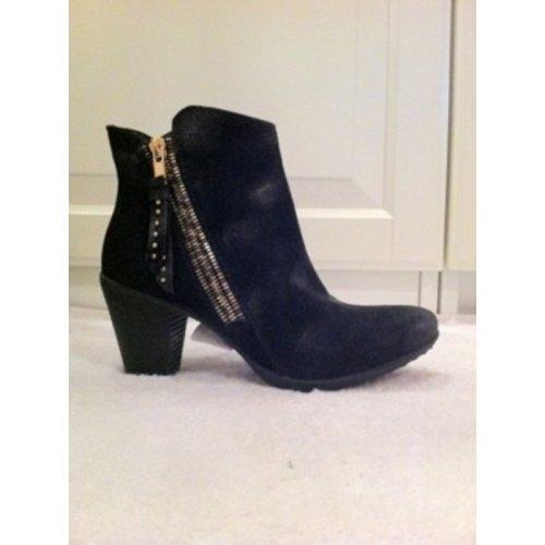sacha ankle boots stiefeletten wildleder schwarz gold silber gr 37 m dchenflohmarkt. Black Bedroom Furniture Sets. Home Design Ideas