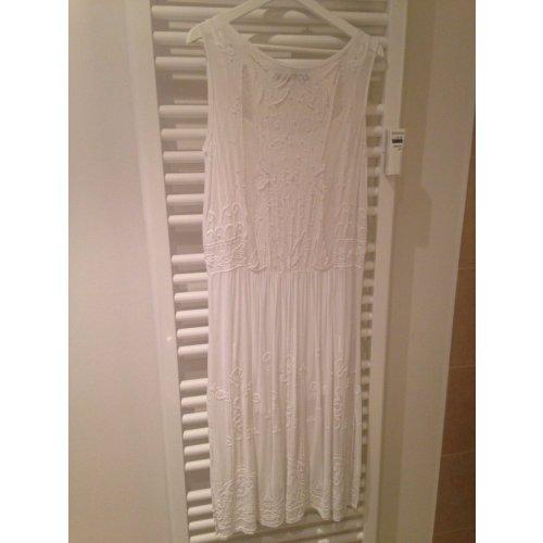 zara spitzenkleid in wei bestickt gr m studio collection m dchenflohmarkt. Black Bedroom Furniture Sets. Home Design Ideas