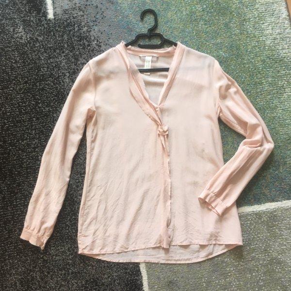 2 Blusen in weiß und rosa