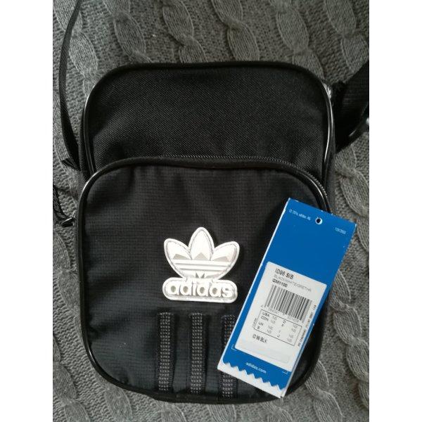 Adidas Bodybag / Umhängetasche  neu