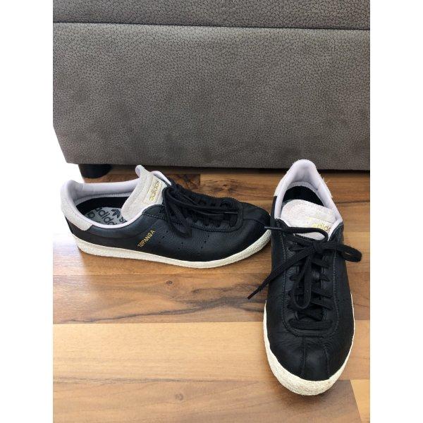 Adidas Topanga Sneaker