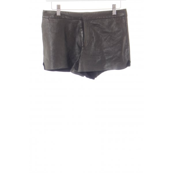 All Saints Shorts schwarz-silberfarben Street-Fashion-Look