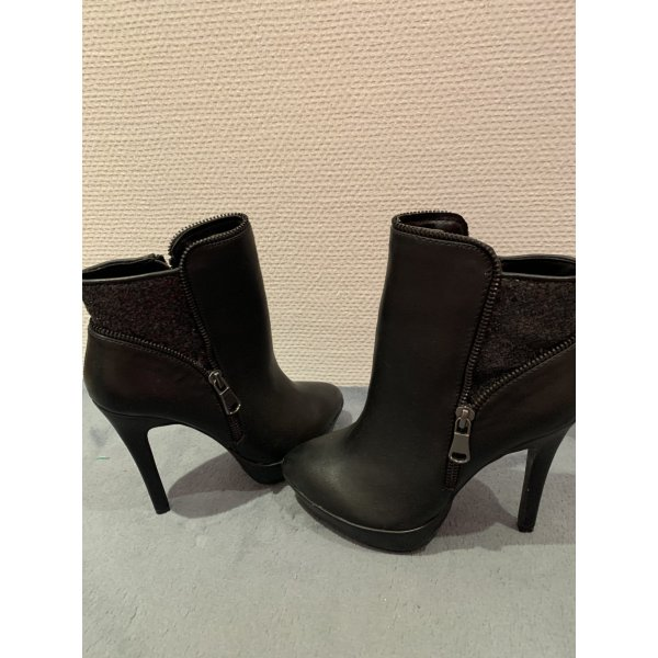 Ankle Boots neu
