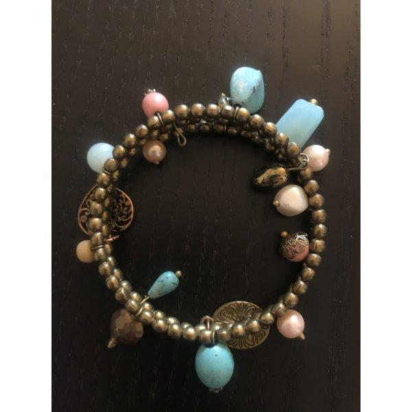 Armreif mit Perlen