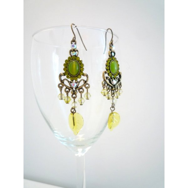 *Art Nouveau* Lange Ohrringe, ACCESSORIZE, grün & gold, mit Blatt