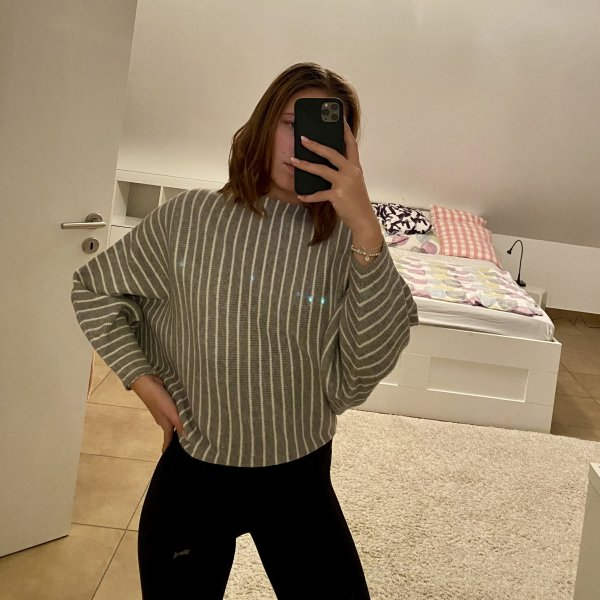 ARTLOVE Paris Pullover