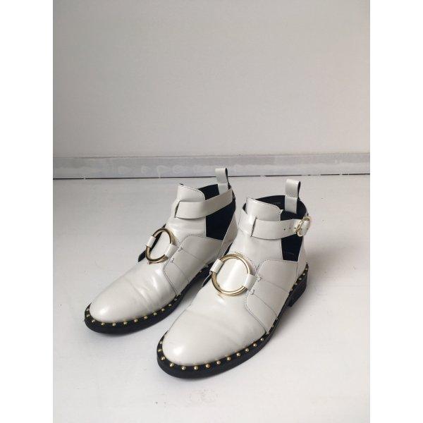 ASOS Cut-Out Boots mit Nieten 40 41 weiß Gold Stiefelette Blogger Style Schuhe
