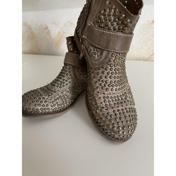 Ausgefallene Stiefeletten von I love Bondini Shoes