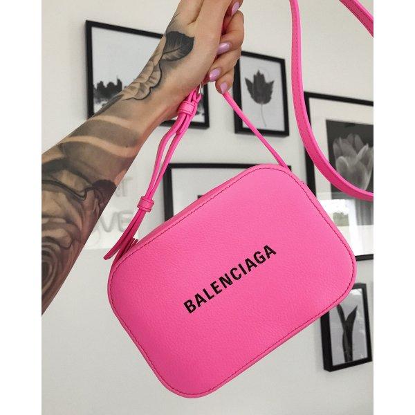 Balenciaga Everyday XS pink