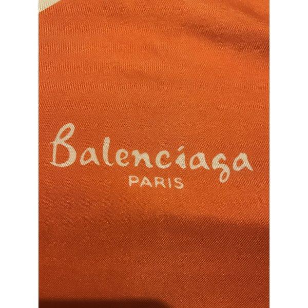 Balenciaga Seidentuch zum verlieben